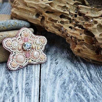 Starfish Bead Embroidered Brooch Bead Embroidery Pin Beadwork Brooch Hand beaded Ocean themed gift Bead Embroidery Jewelry Beaded patch pin