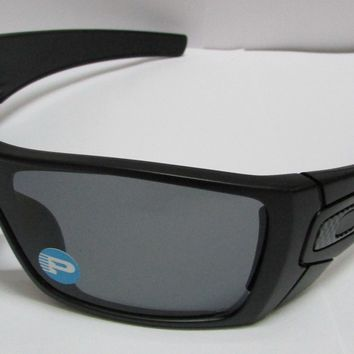 Oakley Batwolf OO9101-04 Matte Black Grey Polarized Shield Sunglasses New & ORG