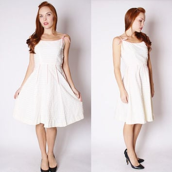 Vintage 1950s Dress - 1950s Cotton Dress - 50s White and Pink Dress - David Crystal - 2555