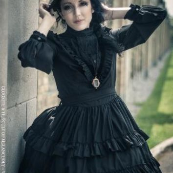 Gloomth- Victoria Mourning Dress with Velvet Details