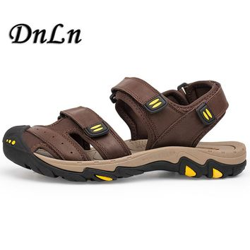 Men Genuine Leather Sandals Closed Toe Brown Khaki Color Fashion Beach Flip Flops Vintage Style Outdoor Sandals D30