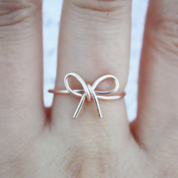 Rose Gold Bow Ring//Bridesmaid Gift, Bow ring, Wire Bow ring, Thin rose gold ring, Dainty Ring, Elegant Ring, Tied Ring, Bow tie Ring, gift