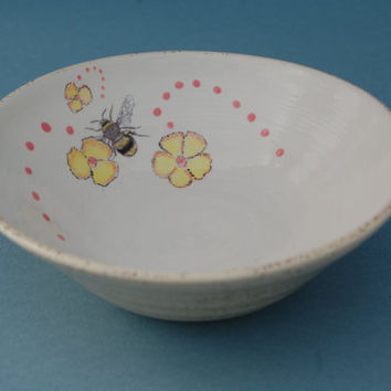 Bumble Bee Pottery Hand Painted Ceramic Bowl Small Decorative Cream UK