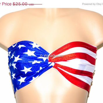 VALENTINES DAY SALE American Flag Bandeau, Beach Bra Swimsuit Top, Bikini Top Bandeau, Spandex Bandeau, Twisted Tops Bathing Suits, Patrioti