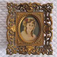 Vintage CAMEO CREATIONS Portrait in ornate gold frame 1950s