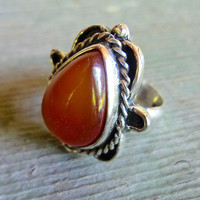 Carnelian Tear-Drop Cabochon Sterling Silver Ring, Thick Band, Vintage sz 8