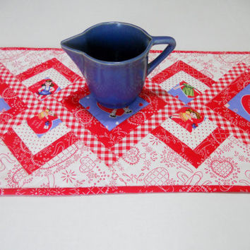 Valentine Quilted Table Runner in Red White and Blue Vintage Retro Style