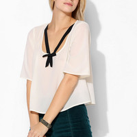 Cooperative Contrast Bow Top - Urban Outfitters