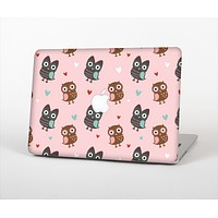 """The Subtle Pink and Blue Vector Love Owls Skin Set for the Apple MacBook Pro 13"""" with Retina Display"""