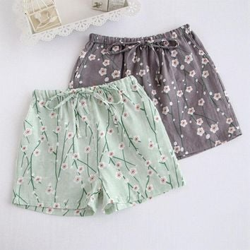Summer Leisure Short Pants Women Sleep Bottoms Pajamas Double Gauze 100% Cotton Thin Section Loose Large Size Home Pants Flowers