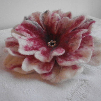 Hair pins brooch,red flower brooch,felt flower brooch ,felt jewelry,white gray felt brooch,scarf,bag,hat,dress, wet felt flower poppy brooch