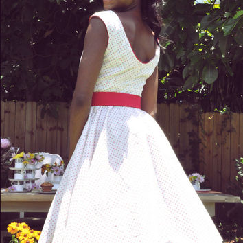 "Retro 50's Polka ""Lana"" Dress with Scoop Neck and Full Circle Skirt"