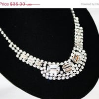 Easter Sale Vintage  Necklace Rhinestone Bib 1950s Jewelry Bridal Wedding Pagent