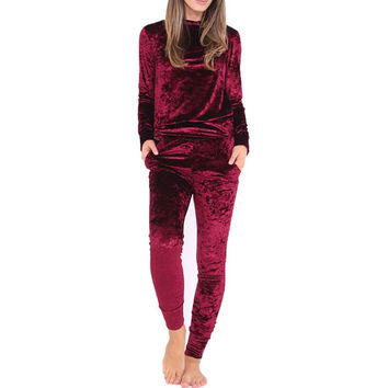 2017 Fashion European And American Two Piece Set Women Suit Winter Sexy Velvet Tracksuit Long Sleeve Top +Stretch Pants Bodysuit
