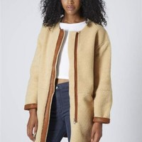 TOPSHOP TAN FAUX SHEARLING OVOID SHAPED COAT UK14/EUR42/US10 REF 11H05HTAN