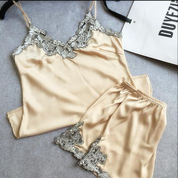 Lace embroidery silk satin shorts and suspenders pajamas tracksuit suit Ms chanpagne