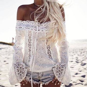 New Lady Off Shoulder Floral Lace Women Top Hollow Out flare Sleeve Ladies Shirt Women Sexy Chemise Blusas Tops Tee