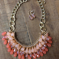 Glamour Girl Necklace ~ Peach