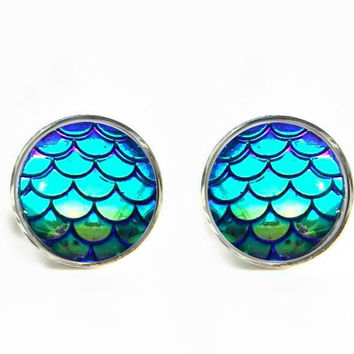 Dragon Skin Scales Iridescent Blue Stud Earrings / Stainless steel hypoallergenic
