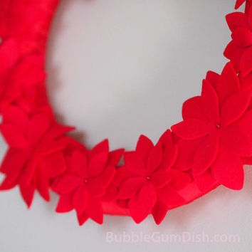 Christmas Holiday Poinsettia Wreath Red Felt Red Ribbon