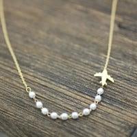 Airplane and pearls Necklace in gold /silver