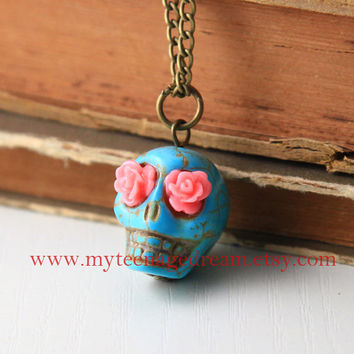 Day Of The Dead Turquoise skull pink roses eyes necklace