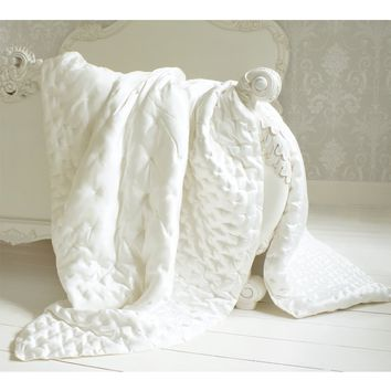 Sumptuous Ivory Silk Quilt Bedspread