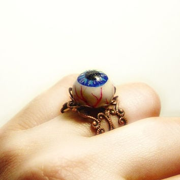 Eyball ring, evil eye ring, halloween jewelry, creepy horror jewelry, polymer clay ring, adjustable ring, noveliety ring