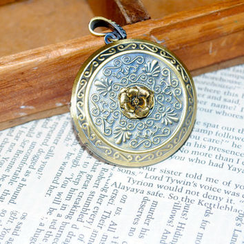 Game of Thrones  House MARTELL Locket Necklace gold Flower Cosplay Made to Order