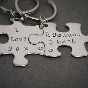 Couples keychains,His Hers Keychain,I love you to the moon and back,His Hers Set,Puzzle Piece Keychains, Boyfriend Keychain, Girlfriend Gift