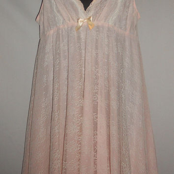 Vintage 80s Oscar De La Renta Pink Label Powder Pink and Lace Nightie Dress Size Medium