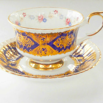 Vintage Paragon Gold Gilded Tea Cup and Saucer Tea Party, Ornate, English Bone China, Wedding, Ca. 1950's
