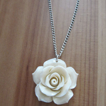 White Coral Flower Necklace