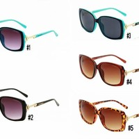"""Tiffany&Co.""Fashion Personality Big Square Frame Natural Sunglasses Glasses Collocation Accessories"
