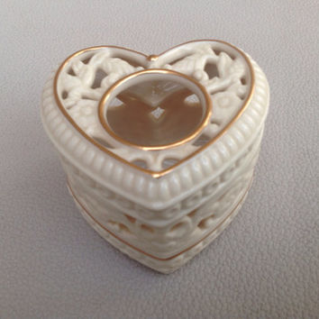 """Vintage Partylite Candle Holder Retired Ivory Heart. """"Thanks From the Heart"""""""
