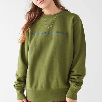 Champion & UO Reverse Weave Graphic Sweatshirt | Urban Outfitters