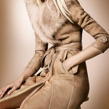 Women 's winter coat fur collar suede jacket fur coat Female fur one of the long section