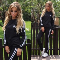 2017 New Spring Sport Suits For Women 2 pieces Sets Brand Tracksuits Hoodies Sportswear Sweatshirts Ladies Costumes Track Suit