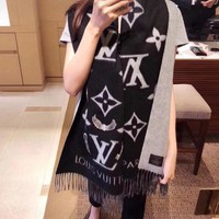 LV Louis Vuitton Fashion Woman Men Cashmere Cape Tassel Scarf Scarves Shawl Accessories