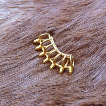 3d printed crystal spiked ear cuff