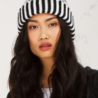 Thick Knit Beanie in Black