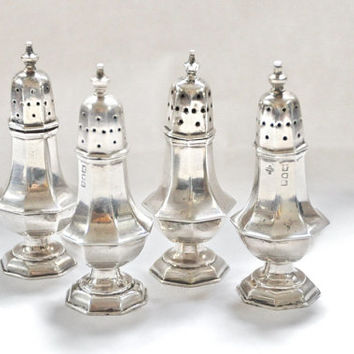 Victorian 1893 Sterling Silver Salt and Pepper Shakers Sheffield Horace Woodward & Co Fine Dinning Dinnerware