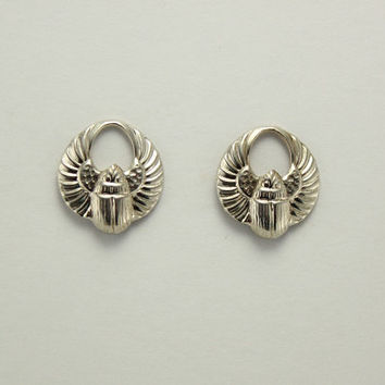 13 x 15 mm Silver Magnetic Egyptian Winged Scarab Earrings