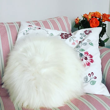 Round Sheepskin Furry Pillow