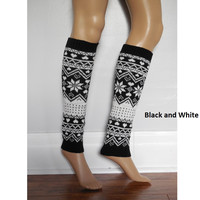 Black And White Christmas Leg warmers, aztec Print Leg warmers, Boho Leg warmers, bohemian socks with a tribal print