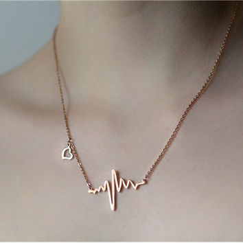 Trendy Gold/SIlver Plated Heartbeat Necklace