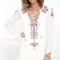 My Bell-Loved Ivory Embroidered Shift Dress