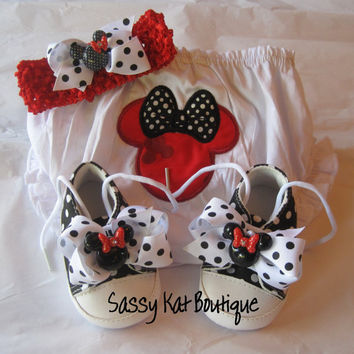 Baby shoes, bloomers and headband- Minnie Mouse