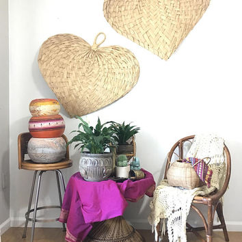 Pair of Large Raffia Straw Fans, Set of 2 Jungalow Palm Leaf Wall Hanging, Vintage Woven Wall Art