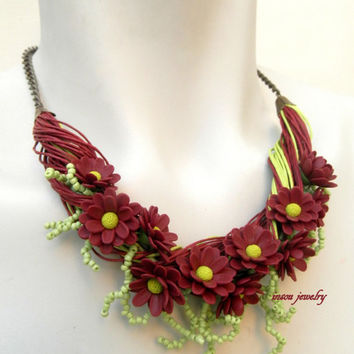Bordeaux - Flower necklace - Chrysanthemum - Fall jewelry - Handmade polymer jewelry